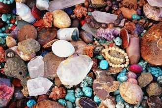 Амулеты и камни от сглаза