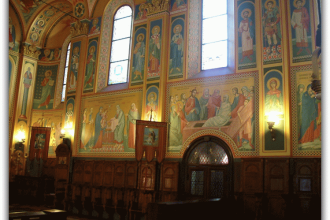 Приворот в церкви