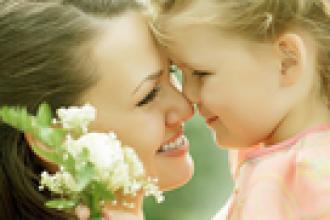 Как матери наладить отношения с дочерью